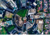 """面向""""十四五""""的城市发展与治理"""