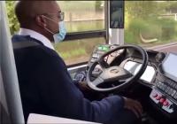中车12米自动驾驶客车在巴黎开启实测